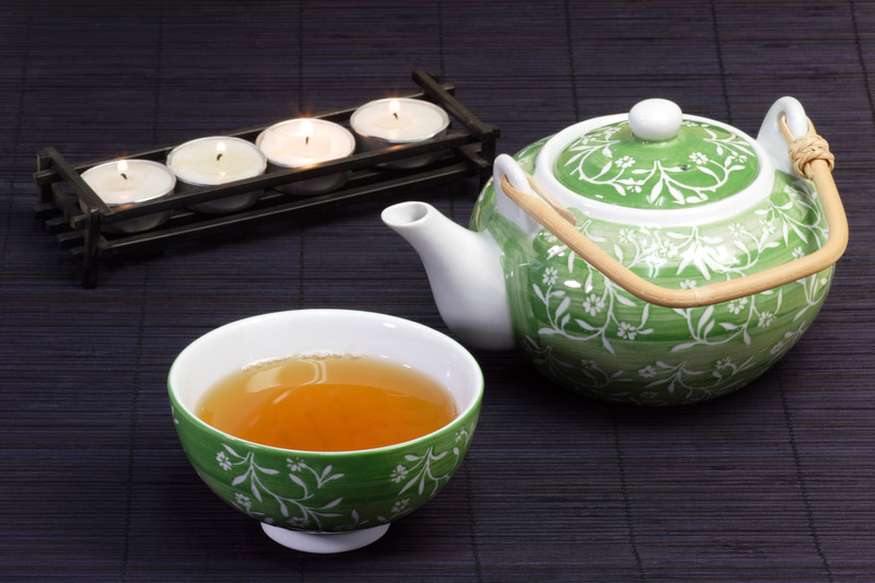green tea candle canstockphoto1640986